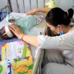 Tin tức trong ngày - Đã có 108 trẻ tử vong do bệnh sởi biến chứng