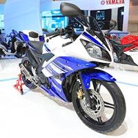 Xe côn tay Yamaha R15 mới có giá 51,5 triệu đồng