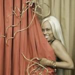 Phi thường - kỳ quặc - Người phụ nữ có móng tay dài nhất Thế giới