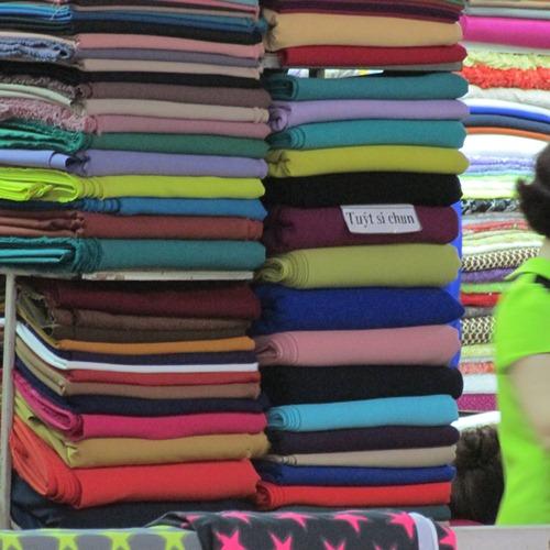 Kinh nghiệm chọn vải may quần cho nữ công sở - 9