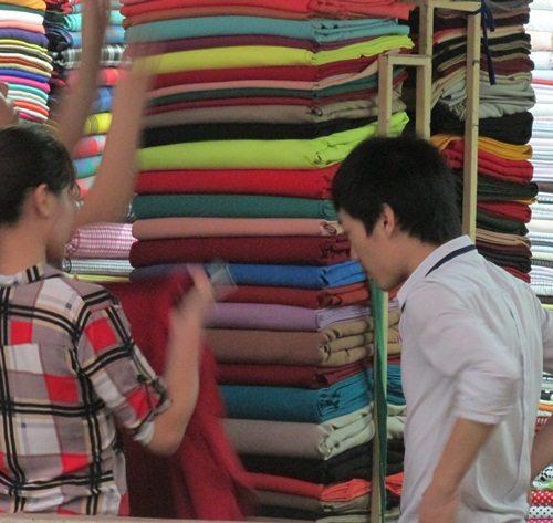Kinh nghiệm chọn vải may quần cho nữ công sở - 1