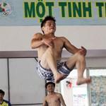 """""""Bay"""" cùng môn thể thao cực lạ ở Việt Nam (Kỳ 2)"""