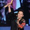 Tùng Dương lập kỷ lục 6 lần nhận giải Cống hiến