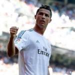 Bóng đá - Video: Ronaldo bỏ lỡ cơ hội ngon ăn