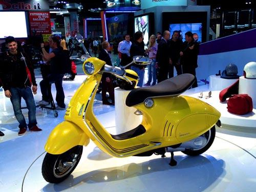 Vespa 946 chính thức có giá tại Việt Nam - 3