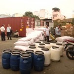 Thị trường - Tiêu dùng - Mặt hàng hóa chất: Đầy rẫy nguy cơ