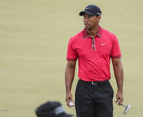 Golf: Tiger Woods chưa hẹn ngày tái xuất - 1