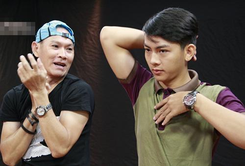 """Con trai Hoài Linh """"hốt hoảng"""" giả gái - 2"""