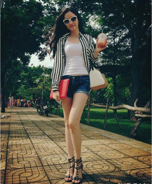 Học sao Việt cách mặc quần ngắn mát mẻ - 10