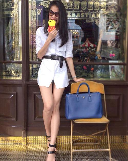 Minh Hằng, Hà Hồ khoe eo thon, chân nuột - 9