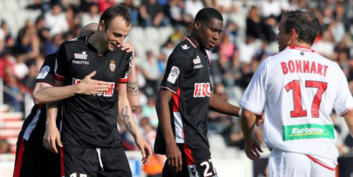 """Ajaccio - Monaco: Berbatov """"lên đồng"""" - 1"""