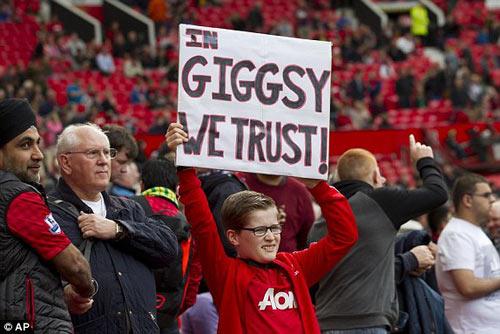 MU: Old Trafford náo nhiệt chào đón Ryan Giggs - 5