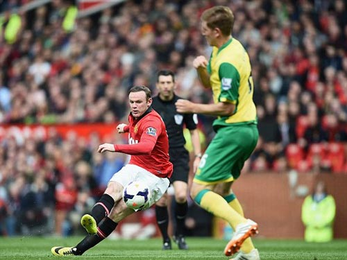 MU: Old Trafford náo nhiệt chào đón Ryan Giggs - 14