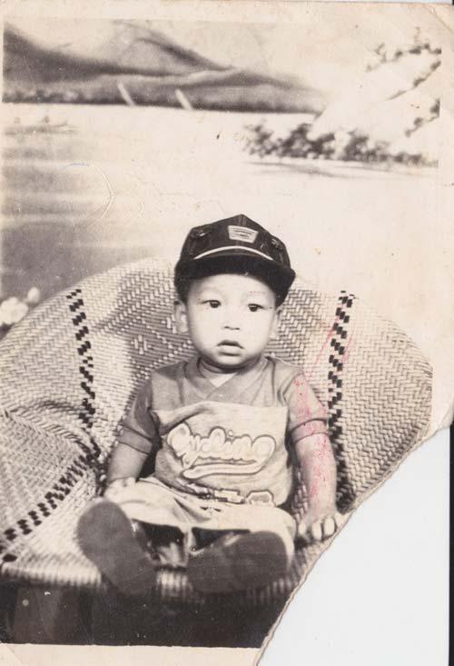 Ảnh thơ ấu dễ thương của sao Việt - 12