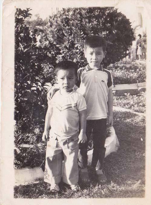 Ảnh thơ ấu dễ thương của sao Việt - 13