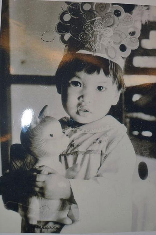 Ảnh thơ ấu dễ thương của sao Việt - 8