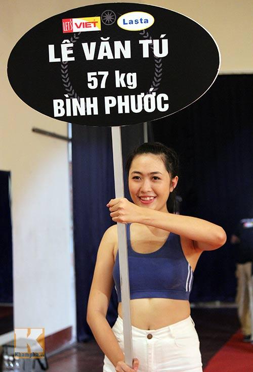 Dàn hotgirl làm nóng võ đài giải võ Việt - 4