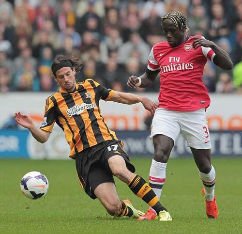 Chính thức: Sagna sẽ rời Arsenal vào cuối mùa - 1