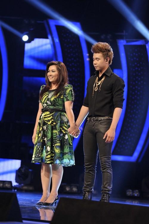 """""""Búp bê quái vật"""" vào chung kết Vietnam Idol - 4"""