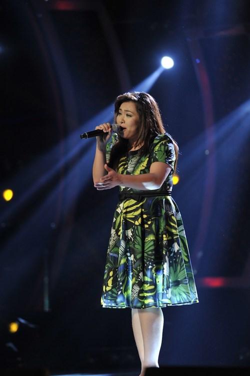 """""""Búp bê quái vật"""" vào chung kết Vietnam Idol - 5"""