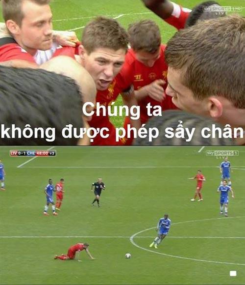 Ảnh chế: Gerrard trượt chân, Liverpool rơi cúp - 3