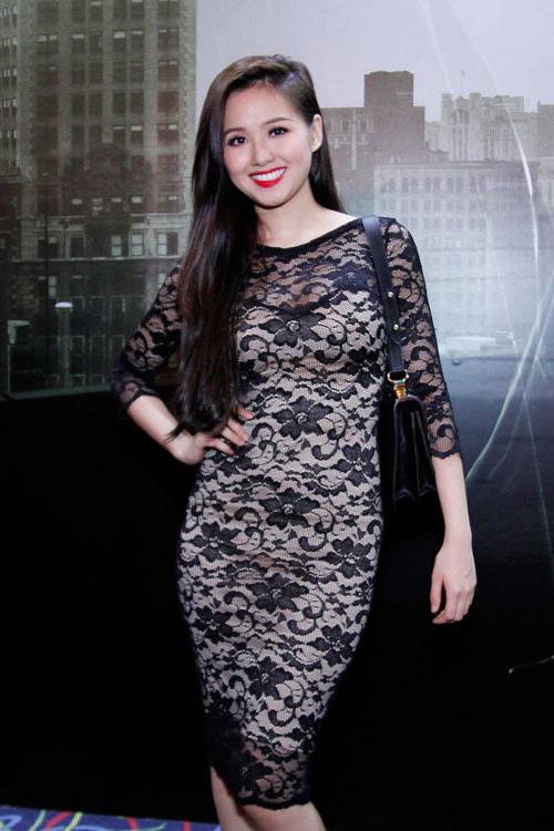 """Váy hàng hiệu giá rẻ của Tâm Tít gây """"sốt"""" - 17"""