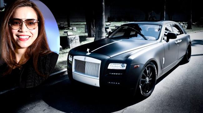 Hồ Ngọc Hà từng sở hữu chiếc Roll Royce Ghost trị giá hơn 10 tỷ đồng.