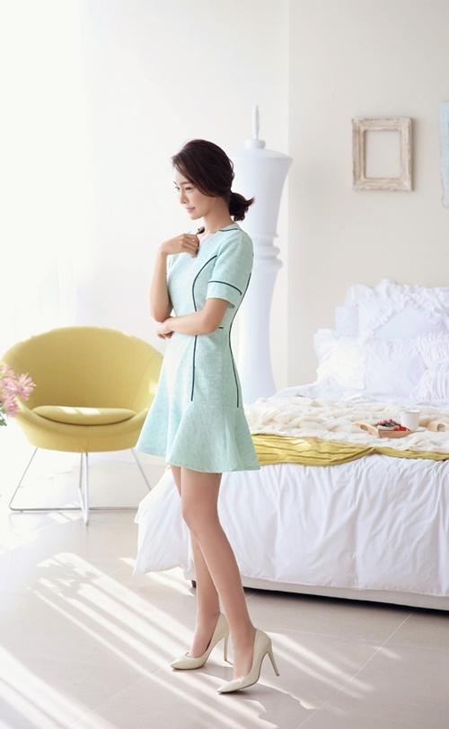 Khéo chọn váy cho nàng công sở giản dị - 8