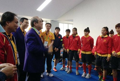 Việt Nam dự SEA Games phải chấp nhận cuộc chơi - 1