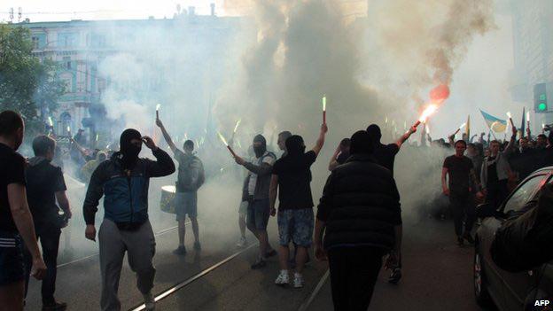 Ukraine: Thị trưởng thành phố nguy kịch vì trúng đạn - 1