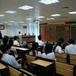 Tài chính - Bất động sản - Nhà đầu tư săn hàng giá rẻ trước kỳ nghỉ lễ