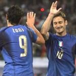 Bóng đá - World Cup còn 46 ngày: Luca Toni, Totti hết cơ hội