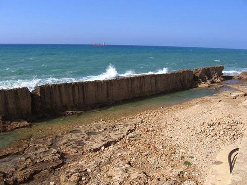 Bức tường chắn biển kỳ vĩ ở Lebanon - 3