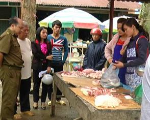 Cao Bằng: Nghi vấn thịt lợn bị bỏ độc - 1