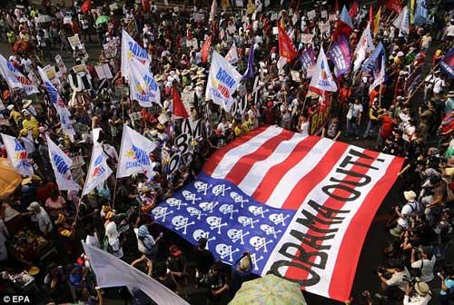 Dân Philippines phản đối việc quân Mỹ quay trở lại - 2