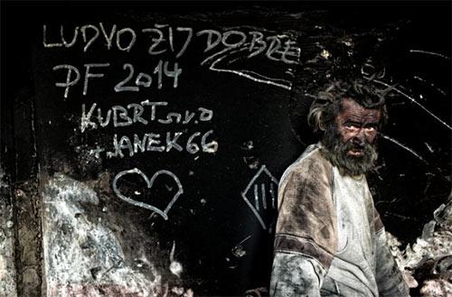 """Cuộc sống kỳ lạ của """"vua bẩn"""" nhất châu Âu - 3"""