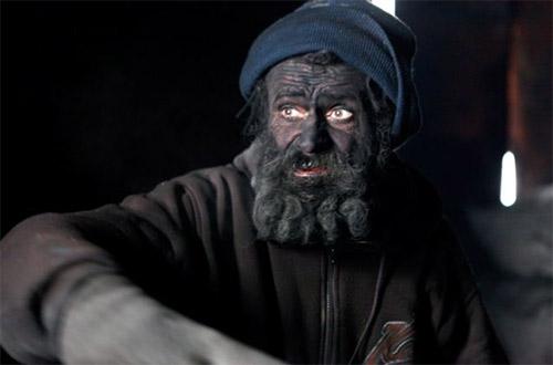 """Cuộc sống kỳ lạ của """"vua bẩn"""" nhất châu Âu - 11"""