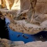 """Du lịch - """"Khách sạn"""" của lạc đà giữa sa mạc Sahara"""