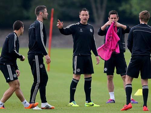 Hàng loạt trụ cột Chelsea trở lại - 3