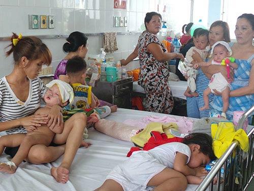 TPHCM: Mở rộng lứa tuổi tiêm chủng sởi - 1
