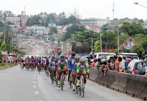 Cuộc đua Xe đạp Cúp HTV 2014: Vạn An đoạt cú đúp giải thưởng - 7