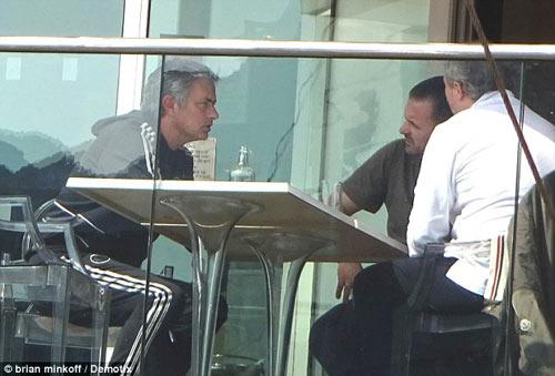 Sôi động C1: Mourinho thư giãn trước đại chiến - 1