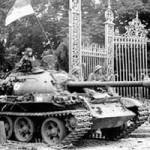 Tin tức trong ngày - Những người lính dẫn xe tăng vào Dinh Độc Lập trưa 30/4