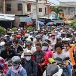 Tin tức trong ngày - TP.HCM: Người đi chơi lễ khốn khổ vì kẹt xe nghiêm trọng