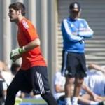 """Bóng đá - Casillas: Từ kẻ """"bỏ đi"""" thành """"báu vật"""""""