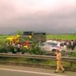 Tin tức trong ngày - Tai nạn trên đường cao tốc, 3 CSGT tử vong