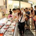 Thị trường - Tiêu dùng - Những kiểu xếp hàng mua đồ chỉ có ở Việt Nam