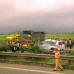 Tin tức trong ngày - 3 CSGT tử vong vì tai nạn: Xe CSGT đi với tốc độ cao