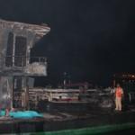 Tin tức trong ngày - Sà lan cháy dữ dội trên sông, 2 người thiệt mạng