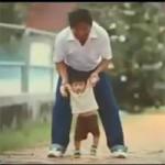 Bạn trẻ - Cuộc sống - Rớt nước mắt clip cảm động về tình cha con